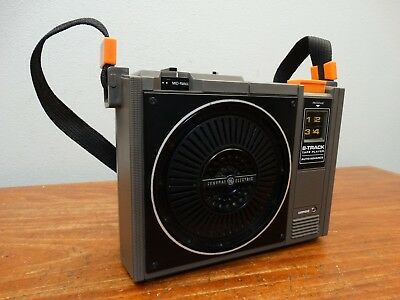 Vintage G.E. General Electric 3-5505F Model 8 Track Player Nice
