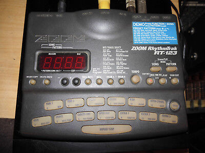 ZOOM RT 123   drummachine klopfgeist