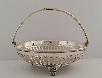 Fine Quality Edwardian WALKER & HALL Silver Plated Footed Fruit Bowl C1926