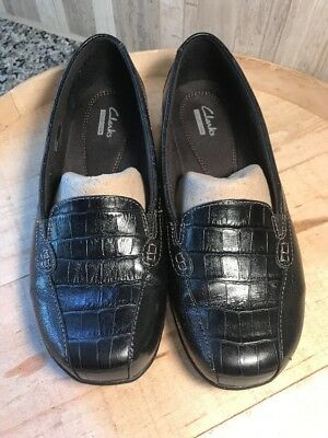 Details about  /Clarks Bayou Black Leather /& Croc Emobossed Loafers Flats New