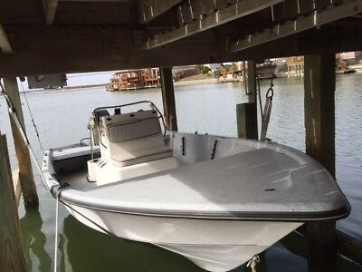 1999 Kenner 18.05' Center Console & Trailer - Louisiana