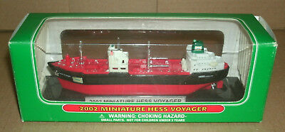 1/1900 Scale 2002 Hess Voyager Gas Oil Tanker Ship with Lights Model Collectible