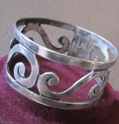 Gorgeous Vintage Sterling Silver Napkin Ring La Cucaracha Taxco Mexico Beauty