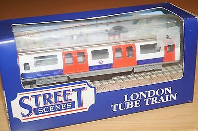 Harrods Modellbahnwagen London Tube Traine Central Line Knightsbirdge Neu 90er