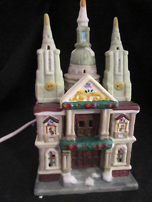Vintage Cathedrals of the World Lit Church St Paul's Lights Up Ceramic NEW