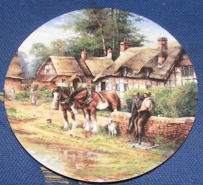 1992 20cm Wedgwood Country Days Lunch Break Collectors Plate