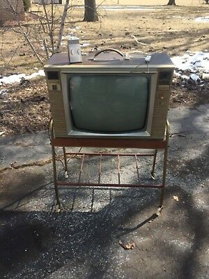 VINTAGE ZENITH 300 SPACE COMMAND TV on cart time capsule estate find working