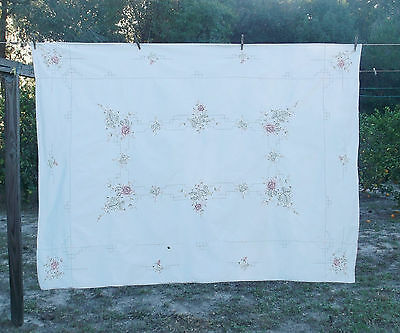 Vintage Shabby Cottage Chic Embroidered Roses Tablecloth 48x66