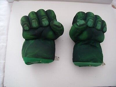 Marvel Avengers Incredible Hulk Punching Talking  Boxing  Pair Of Gloves