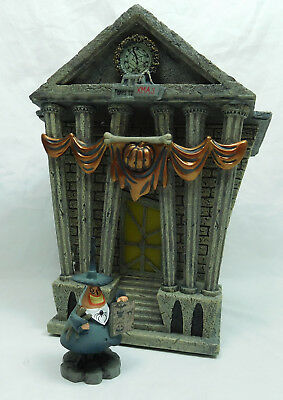 Disney Department 56 Nightmare before Christmas Halloween Town City 4058118