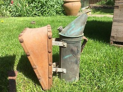 Vintage Copper Beekeepers Bee Smoker - Still Working - Creates Draught