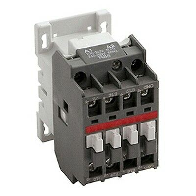 NEW Newlec Type B Electrical Contactor 3 Pole 32A NLA32400 3phase Relay Switch