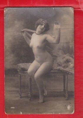 Glamour, Risqué nudes, Erotic French card, approx 1920's -146