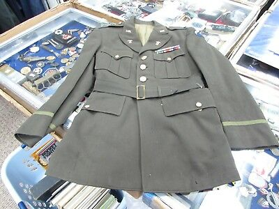 WWII U.S. Army officers SHAEF 1LT quartermaster tunic with belt..