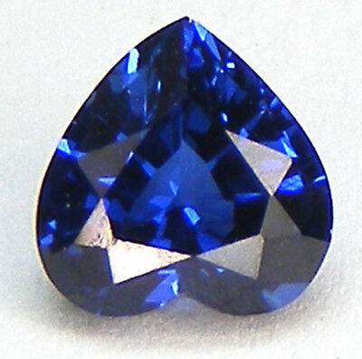 TOP QUALITE T. COEUR 6x6 MM. SAPHIR BLEU CORINDON DE SYNTHESE