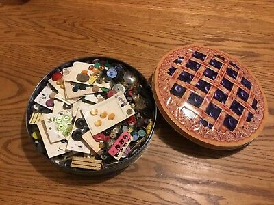 LOT OF VINTAGE ANTIQUE BUTTONS 3 pounds ALL KINDS! In blueberry pie tin