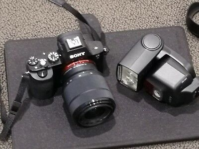 Rarely used Sony A7 Body Mk1 plus Flash very good condition