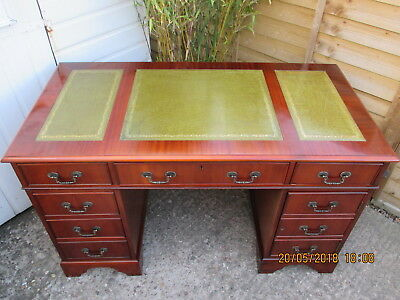 Desk Early Quality Mahogany Leather Top Twin Pedestal  Ex. Condition