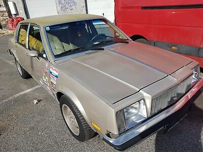 Buick Skylark 2,8 V6 Limited 1982 Top mit Öamtc Pickerl