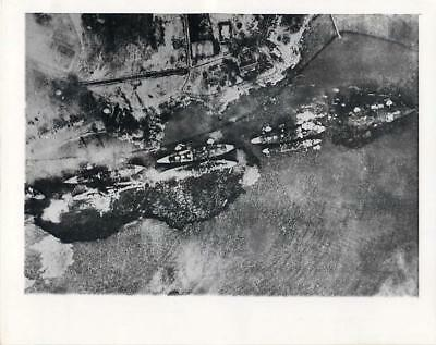 WWII Battleship Row During Japanese Attack on Pearl Harbor Original Press Photo