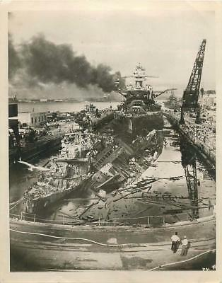 WWII Ruins of USS DOWNES & USS CASSIN at Pearl Harbor Press Photo