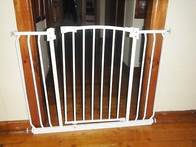 Baby Or Pet Safety Gate Good Condition