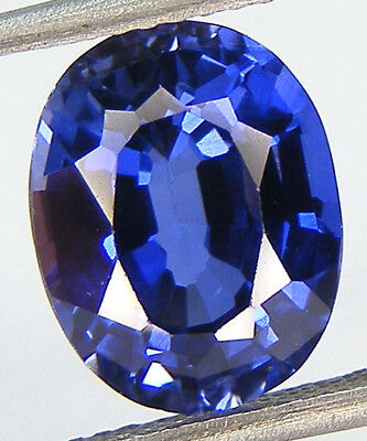 4,07CT. EXCELLENT SAPHIR BLEU CORINDON DE SYNTHESE T. OVALE 10,6x8,3 MM.