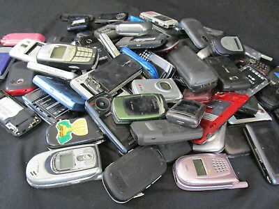 Lot Of 20 Pounds Cellphones Nokia LG Sanyo Sony Pantec For Parts or Recycle(140)
