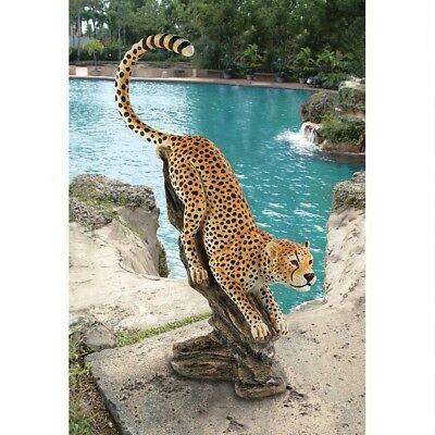 Stalking The Savannah 4 Foot High Cheetah Design Toscano Hand Painted Statue