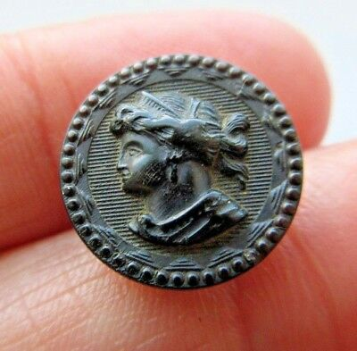 Lovely Antique~ Vtg Victorian Era Carved HORN Picture BUTTON Ladies Head (T41)