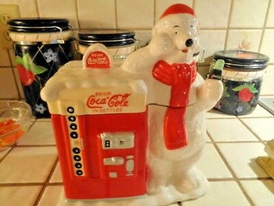 coca cola cookie jar polar bear w/vending machine   (59)
