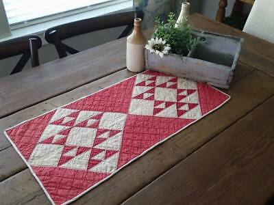 """Antique Red """"Cats Cradle"""" Farmhouse Table Quilt Runner 27x12 Tiny Pieces!"""