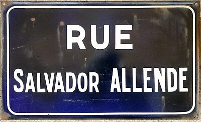 Old French enamel street sign plaque road name Salvador Allende President Chile