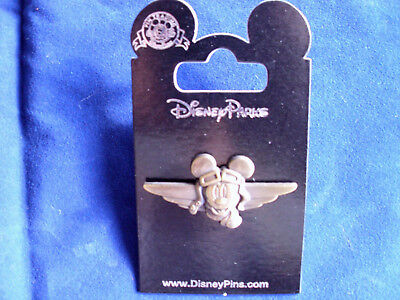 Disney * CAPTAIN MICKEY on GOLDTONE WINGS * New on Card Trading Pin