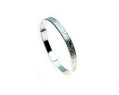 Sterling Silver embossed expanding Baby Bangle - Size Medium  Presentation Box