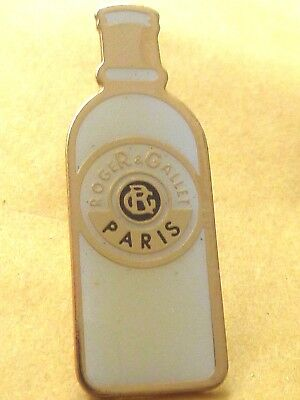 Pin's Pin Badge Parfum Roger Gallet  Paris