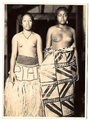 American Samoa TOPLESS WOMEN Pago-Pago Pacific * Vintage 1930s Ethnic Nude Photo