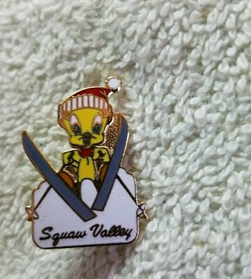 Vintage Squaw Valley Ski Resort Pin Button Badge 1988 Tweety Bird Warner Bros