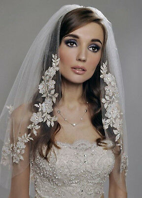 Women Ivory cream white Bride Wedding Wedding Frilly lace Hair head Veil COMB