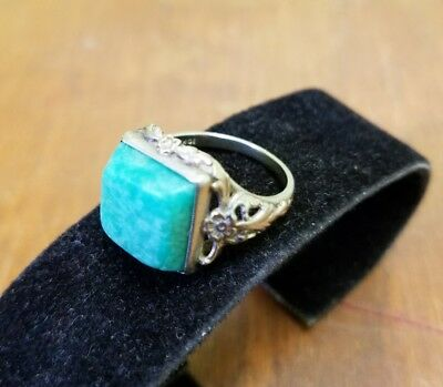 Antique or Vintage FLOWER 10K White Gold Ring with Tourquise Color Stone Sz 6.5