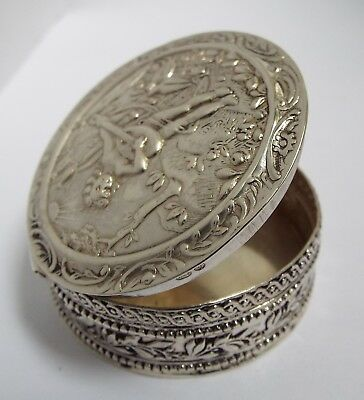 Lovely Decorative English Antique 1926 Solid Sterling Silver Table Snuff Box