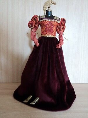 Barbie Princess of the Portuguese Empire 2002 Gown,Scull Cap and Shoes