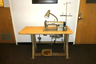 Juki DDL-DDL-555 Single Needle Sewing Machine - Industrial, LOCAL PICK UP.(390)