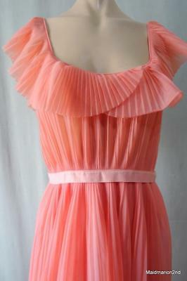 VINTAGE SILKY SHEER APRICOT PLEATED NYLON LONG NIGHTDRESS NIGHTIE Med