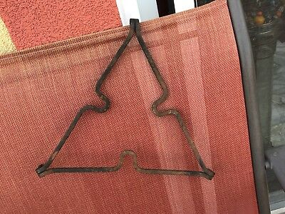 ANTIQUE AMERICAN WROUGHT IRON TRIVET Triangle  FEET HAND FORGED