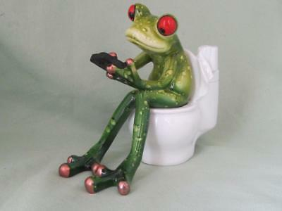 GREEN TREE FROG TOILET CELL PHONE WORKING TEXTING BATHROOM Sculpture FREE SHIP