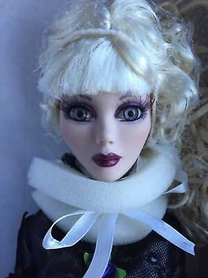 Tonner Wilde Imagination EVANGELINE GHASTLY ANOTHER TIME AND PLACE Doll NRFB LE