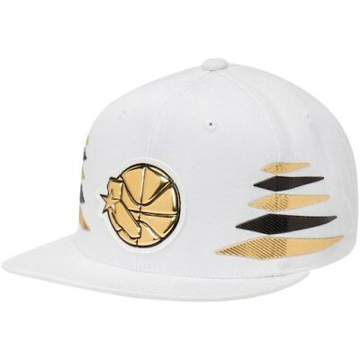 online store fe1fc 86c20 Golden State Warriors Mitchell   Ness Solid Gold Diamond Snapback  Adjustable Hat