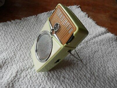 Vintage Beach Boy Transistor Radio Lime Green Nice!!!! Works!!!