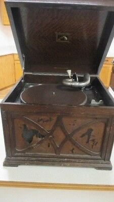 Antique RCA The GRAMOPHONE CO. CRANK PHONOGRAPH in Working Condition